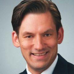 Dr.Hening Batermann